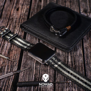 Lincoln Leather Bracelet in Black (Size M) - Nomad Watch Works Malaysia