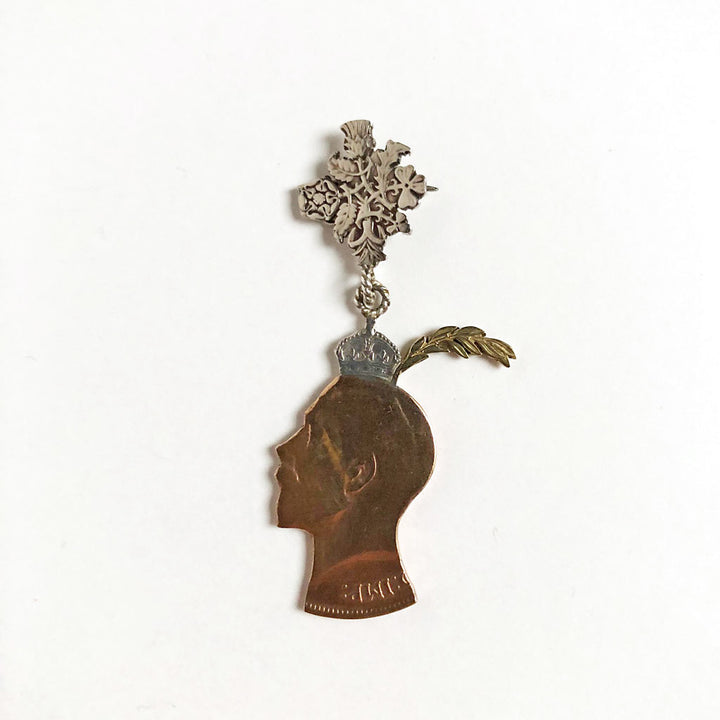 Party King Brooch