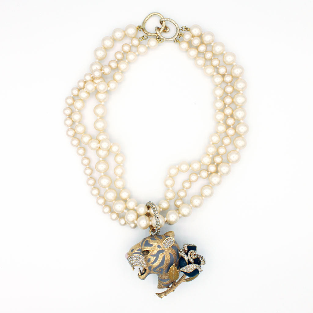 Tiger & Rose Pearl Necklace {P134NE}