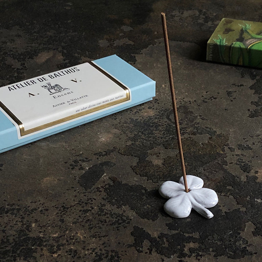 Astier de Villatte Clover Incense Holder
