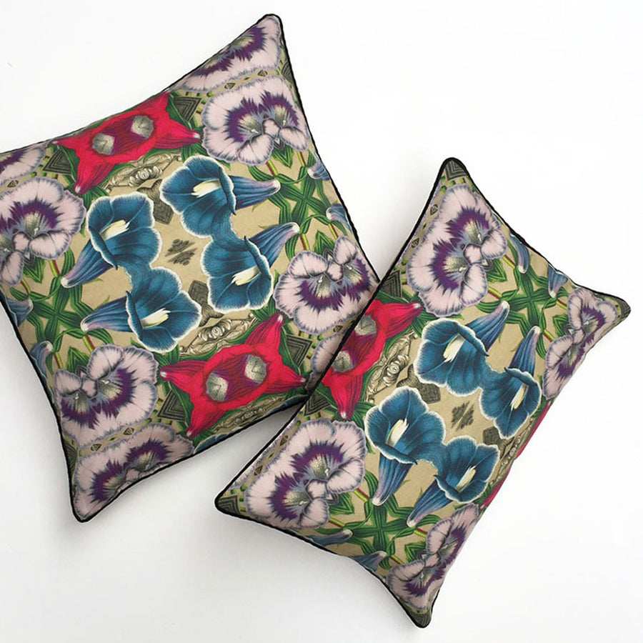 Gloxinia Flora Pillow {FL104}