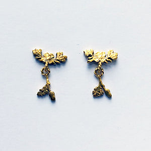 Bow & Oakleaf Stud Earrings
