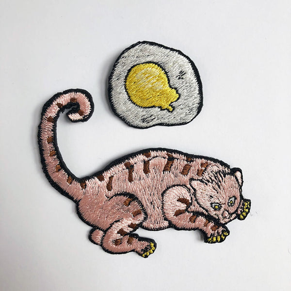 Mamacaron Embroidered Pin