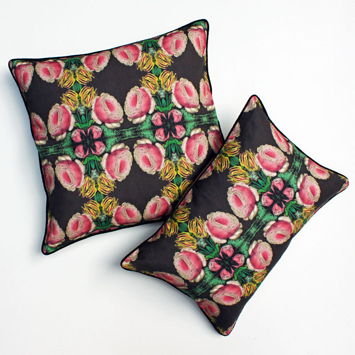 Cabbage Rose Pillow {PG00}