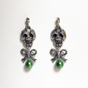 Skull & Bow with Pearl Earrings