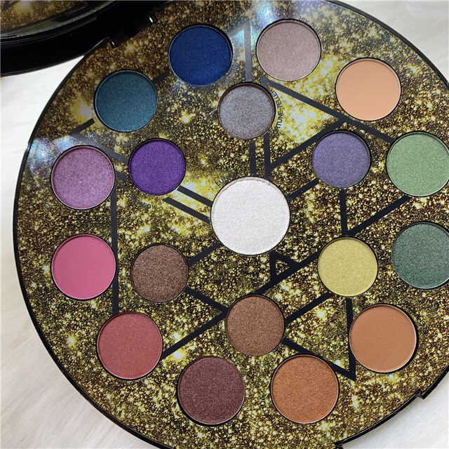 19-color Star Eyeshadow Nude Makeup Palette Shimmer High-quality Shadow Soft Gloss Matte Powder Durable Waterproof - TRIPLE AAA Fashion Collection