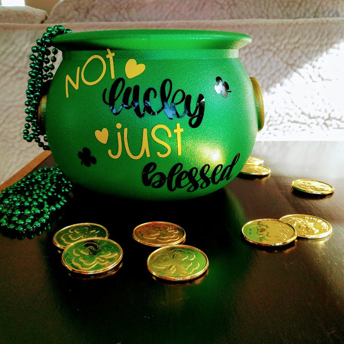 DIY St. Patricks Cricut Premium Vinyl Craft