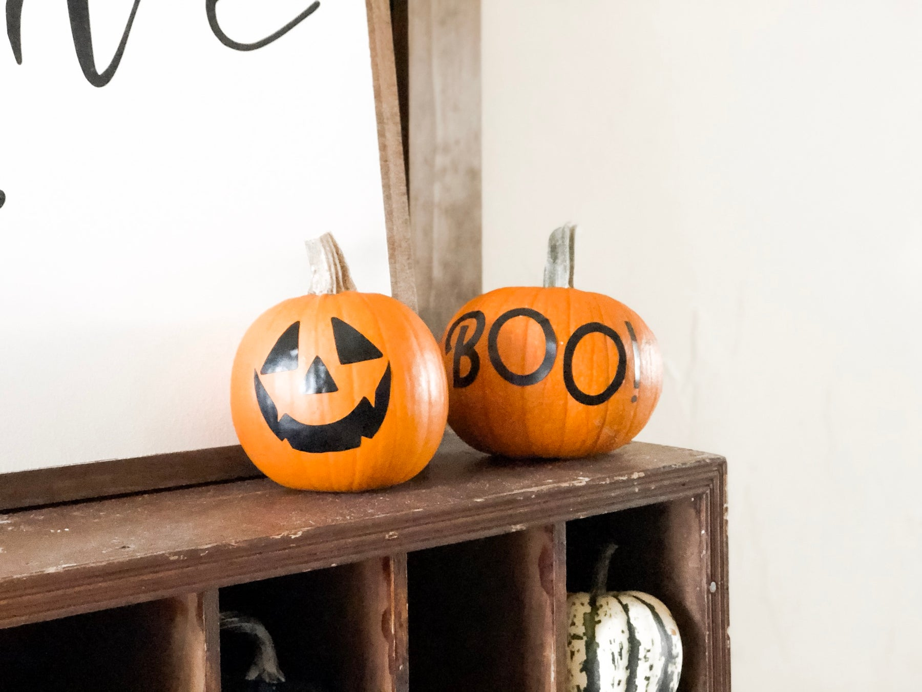 Vinyl Pumpkins with a Cricut