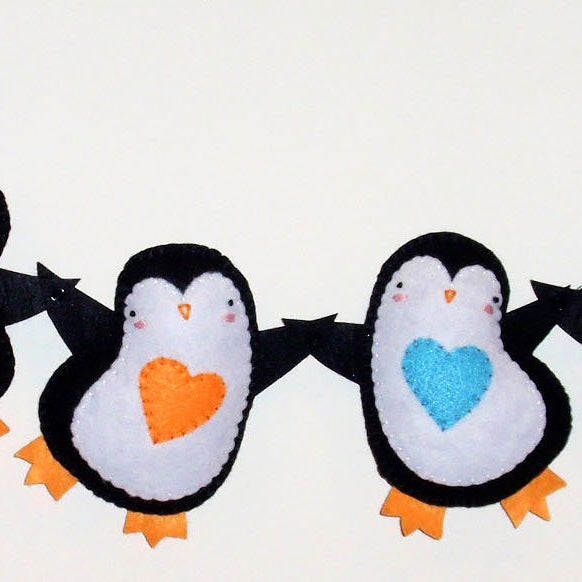 Penguin Hearts Garland from Easy-to-Stitch Felt (Plus Free Pattern)