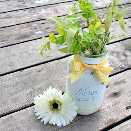 Weekend Project: Recycled Mason Jar Spring Vase – Part II