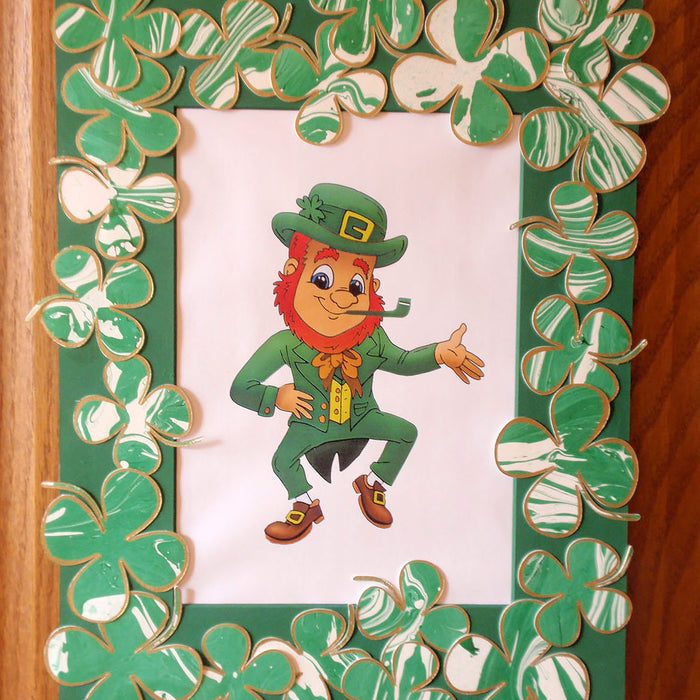 Shamrock Wreath: Cricut Mixed Media Project for St. Patrick's Day