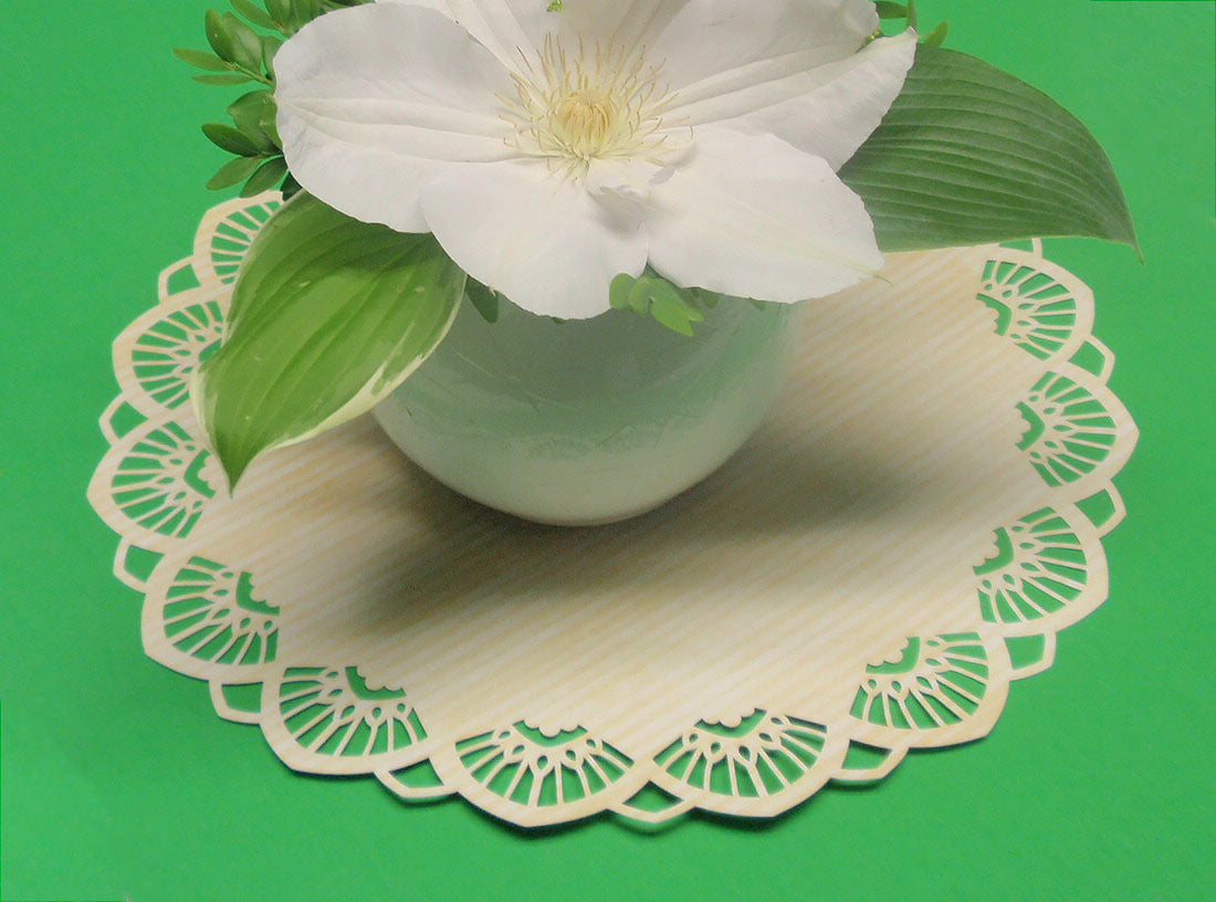 centerpiece on placemat