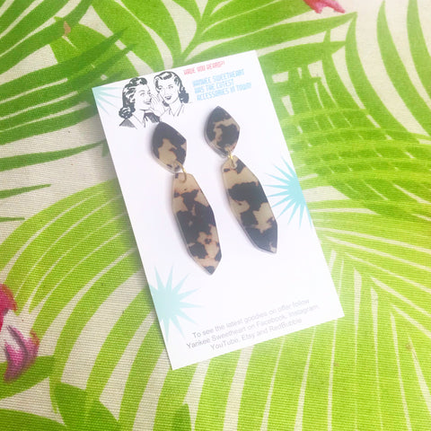 Abstract tortoise dangle Earrings