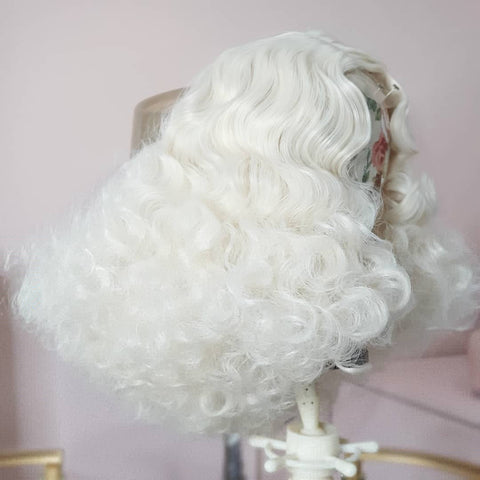 Blonde Bombshell Vintage Waves Wig