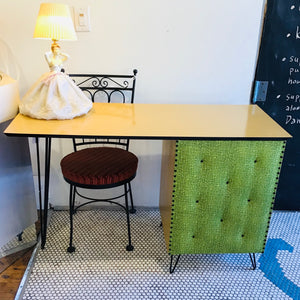 Kitschy Fifties Blondewood Desk