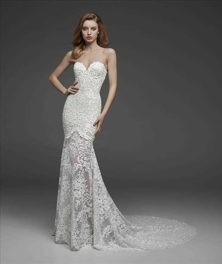 "Pronovias Atelier ""Carol"" Sample"