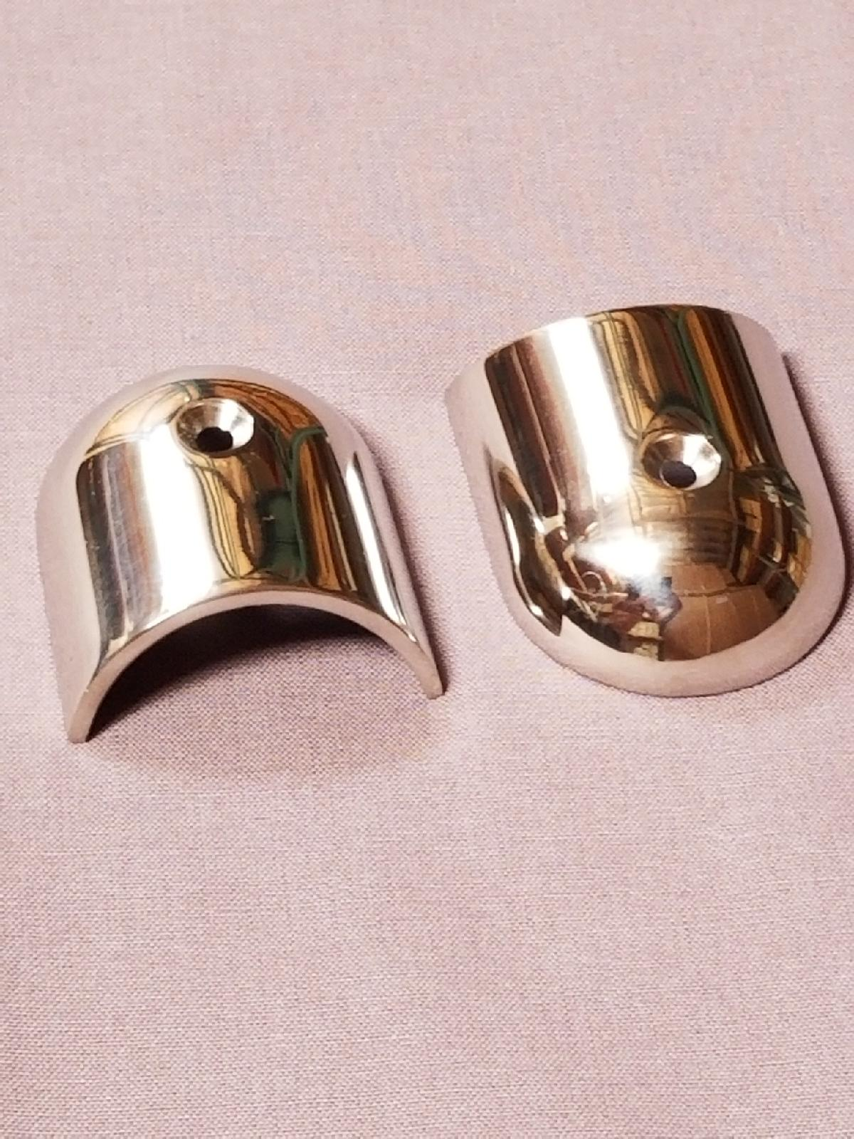 BOSTON WHALER 316 STAINLESS RUBRAIL END CAPS (PAIR) - CLASSIC 9'-17' HULL
