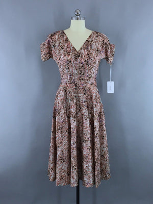 1950s Vintage Floral Print Summer Dress - ThisBlueBird
