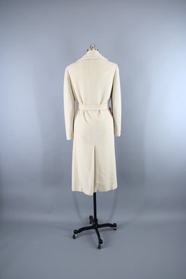 89ed57a38cbb 1960s Regency Marshall Field's Winter White Cashmere Wrap Coat