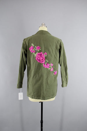 1970s Vintage Embroidered Army Camouflage Jacket Outerwear ThisBlueBird