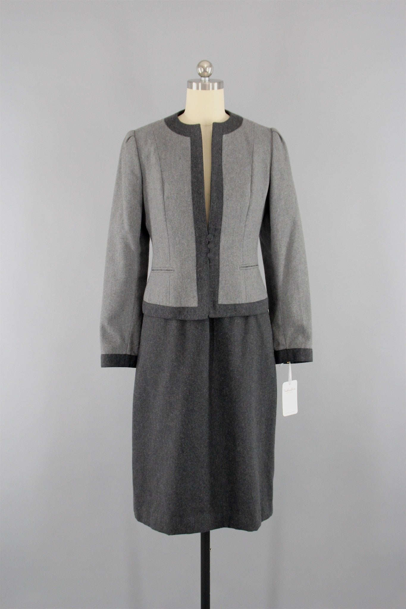 1980s Vintage Sasson Grey Wool Jacket & Skirt Business Suit Dress ThisBlueBird