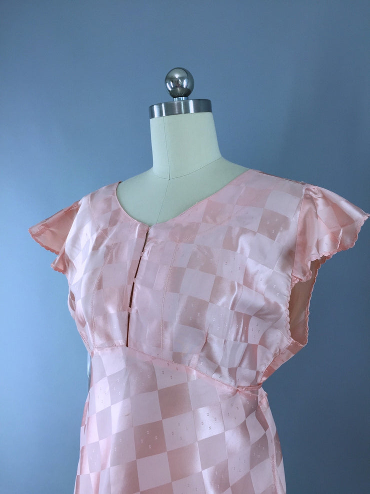 Vintage 1930s-40s Pajama Top in Pastel Pink Satin Lingerie ThisBlueBird
