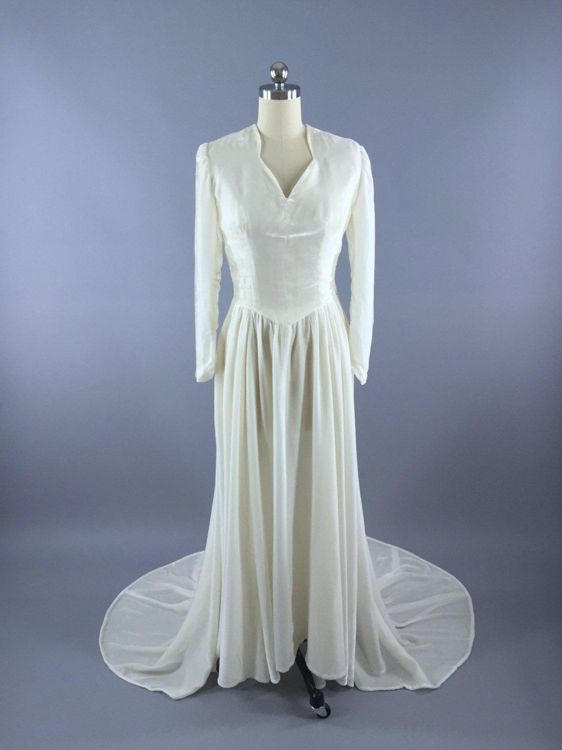 Vintage 1930s Wedding Dress / 1940s Winter White Ivory Silk Velvet Bridal Gown Dress ThisBlueBird
