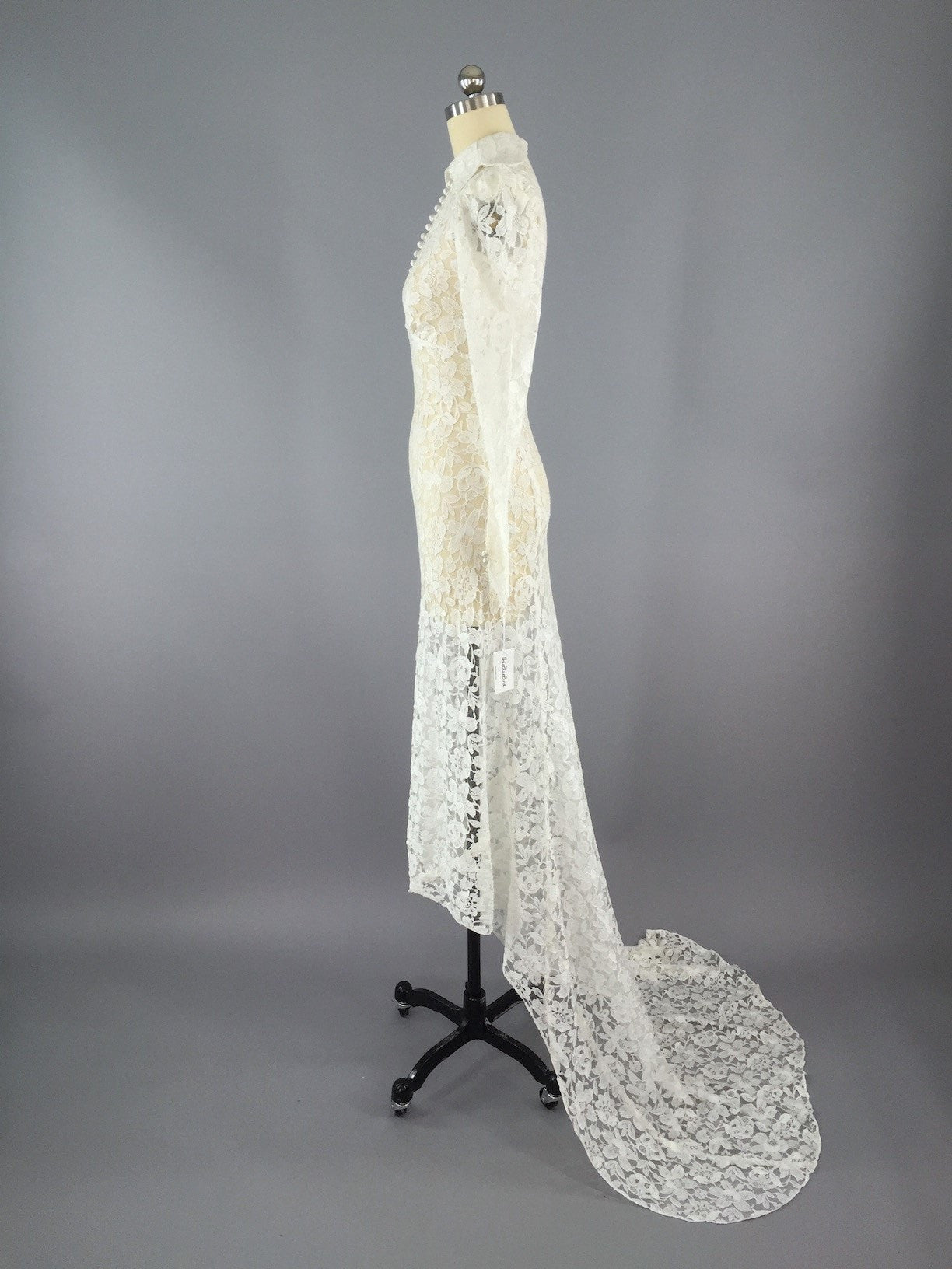 Vintage 1930s Ivory Lace Wedding Dress