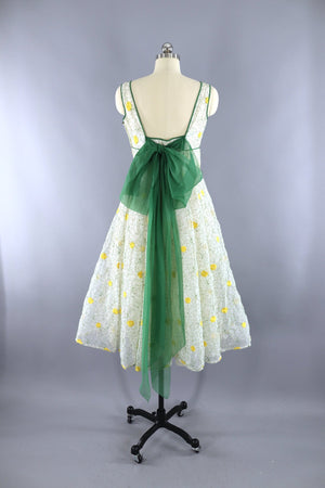 Vintage 1950s Garden Party Dress / White and Yellow Floral Embroidery - ThisBlueBird