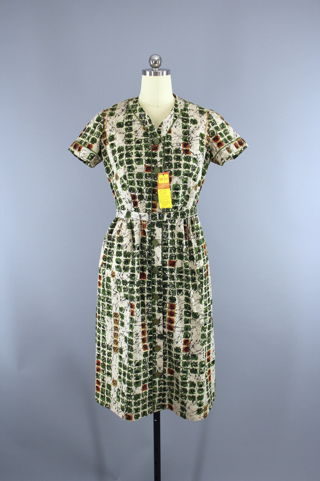 Vintage 1950s Simpli Smart Day Dress / Green & Ivory Batik / with Tags Dress ThisBlueBird