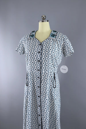 Vintage 1950s Top Mode Cotton Day Dress / Blue Floral Print Dress ThisBlueBird