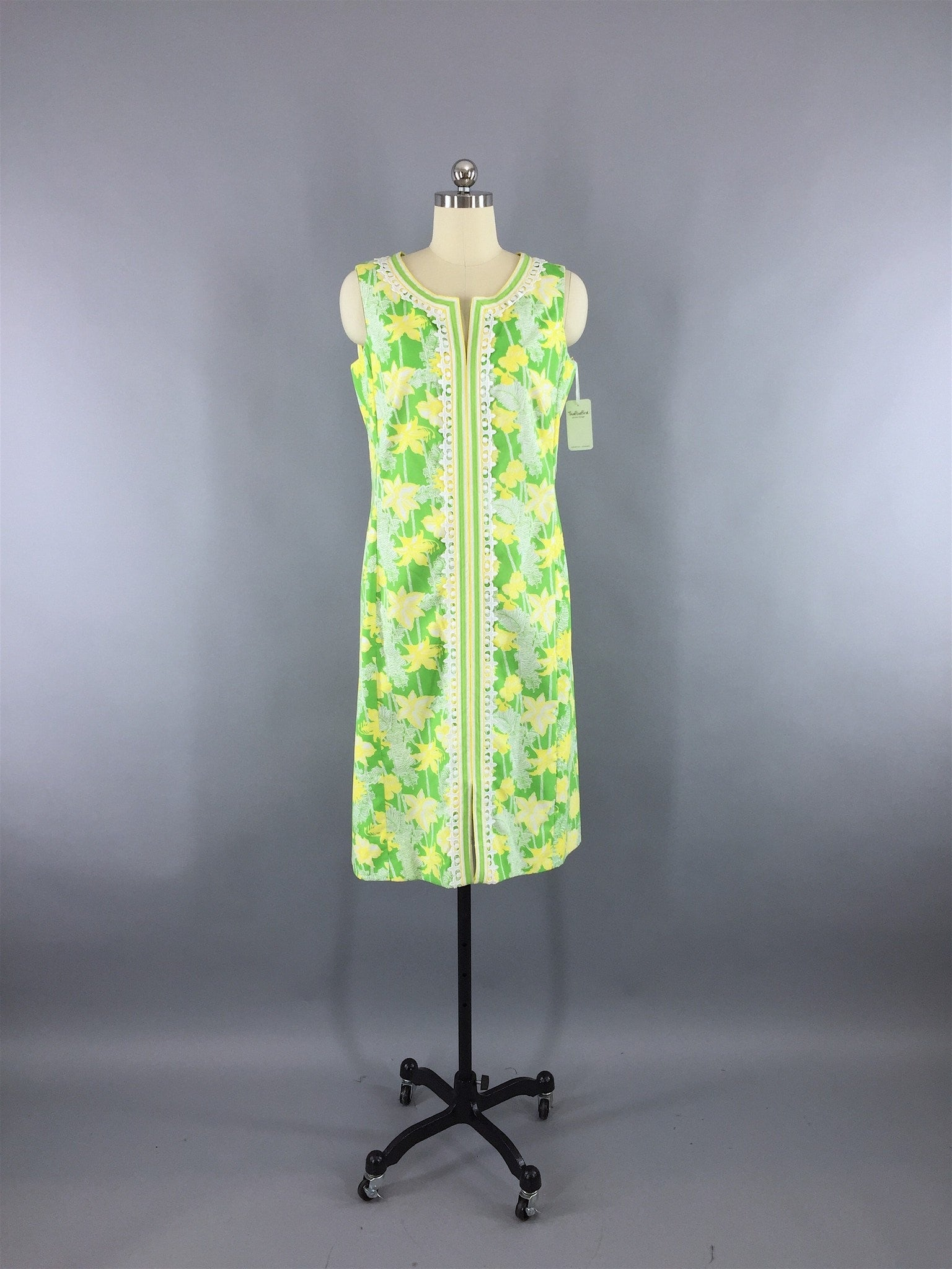 Vintage 1960s Lilly Pulitzer Dress / Green Yellow Floral Print Dress ThisBlueBird