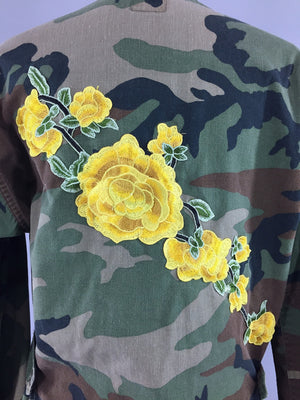 Vintage US Army Embroidered Camouflage Jacket / Yellow Floral Embroidery - ThisBlueBird