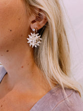 Load image into Gallery viewer, Here Comes The Sun Earrings
