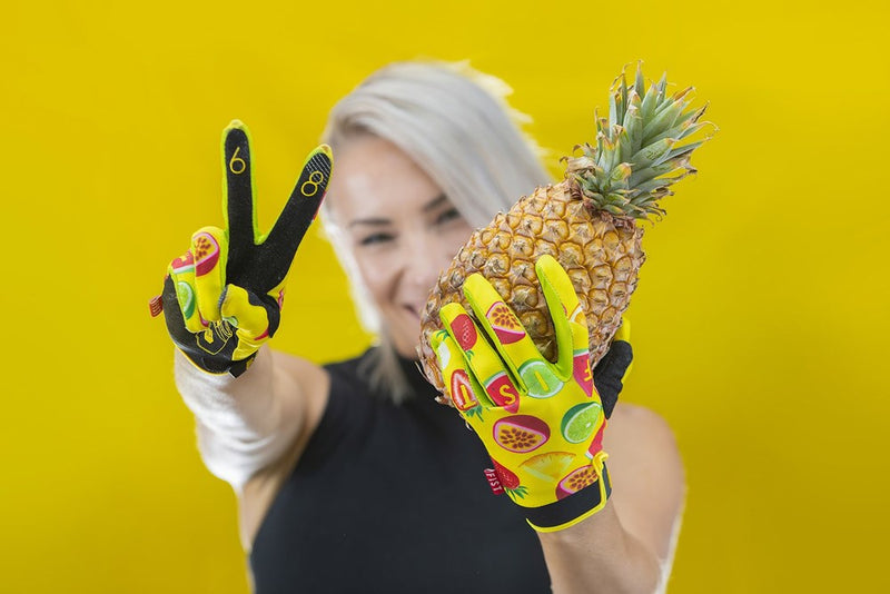 CAROLINE BUCHANAN SMOOTHIE GLOVE