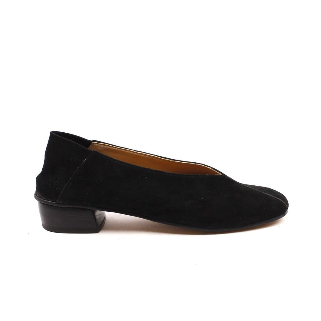Decolletè in camoscio