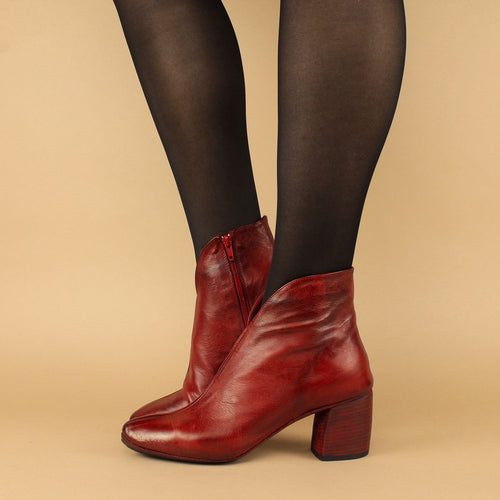 Ankle boot in pelle scollo a