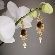 Load image into Gallery viewer, Amber filigree earrings mod 2