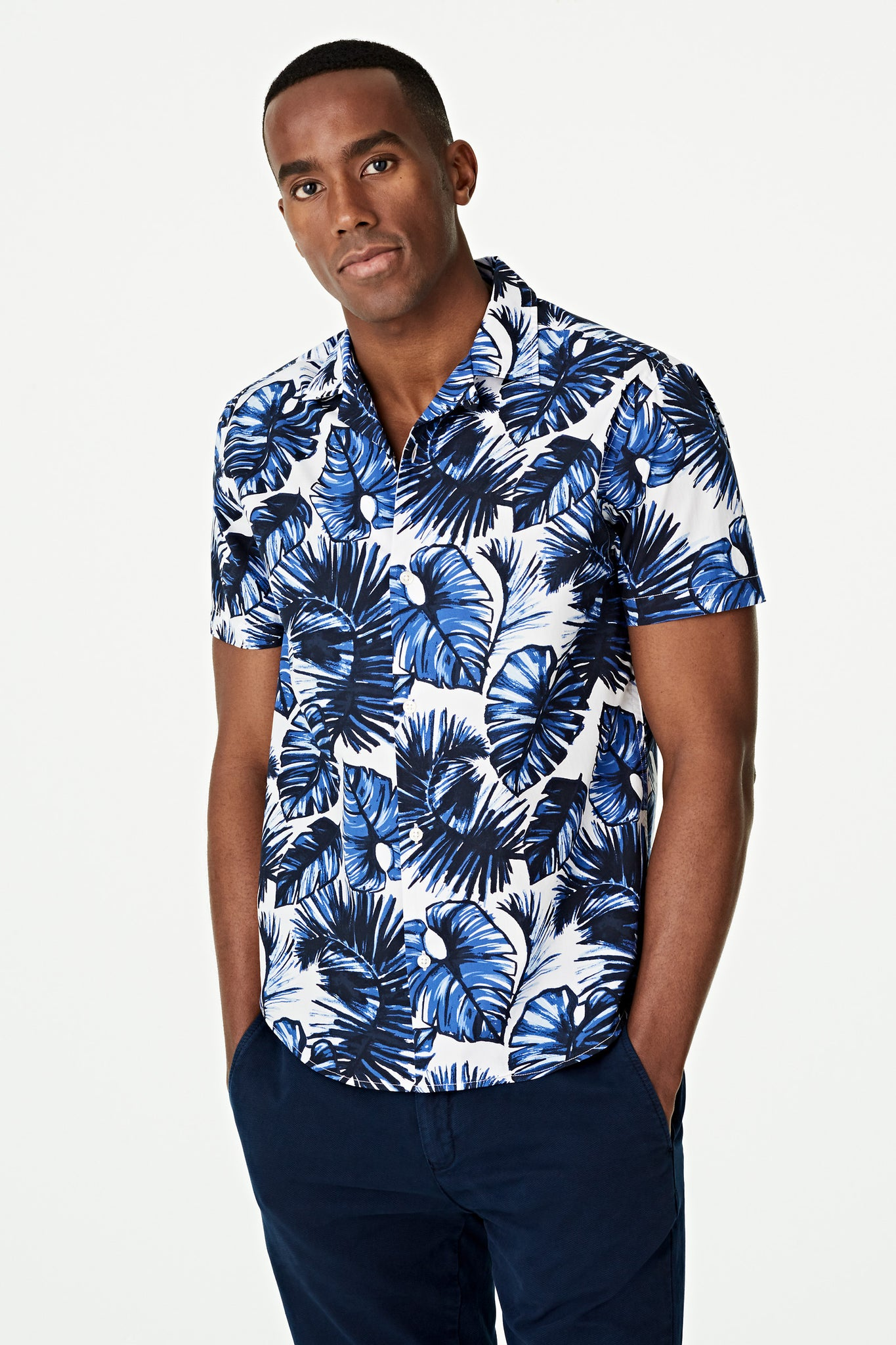 Big Leaf Print Shirt Regular Fit