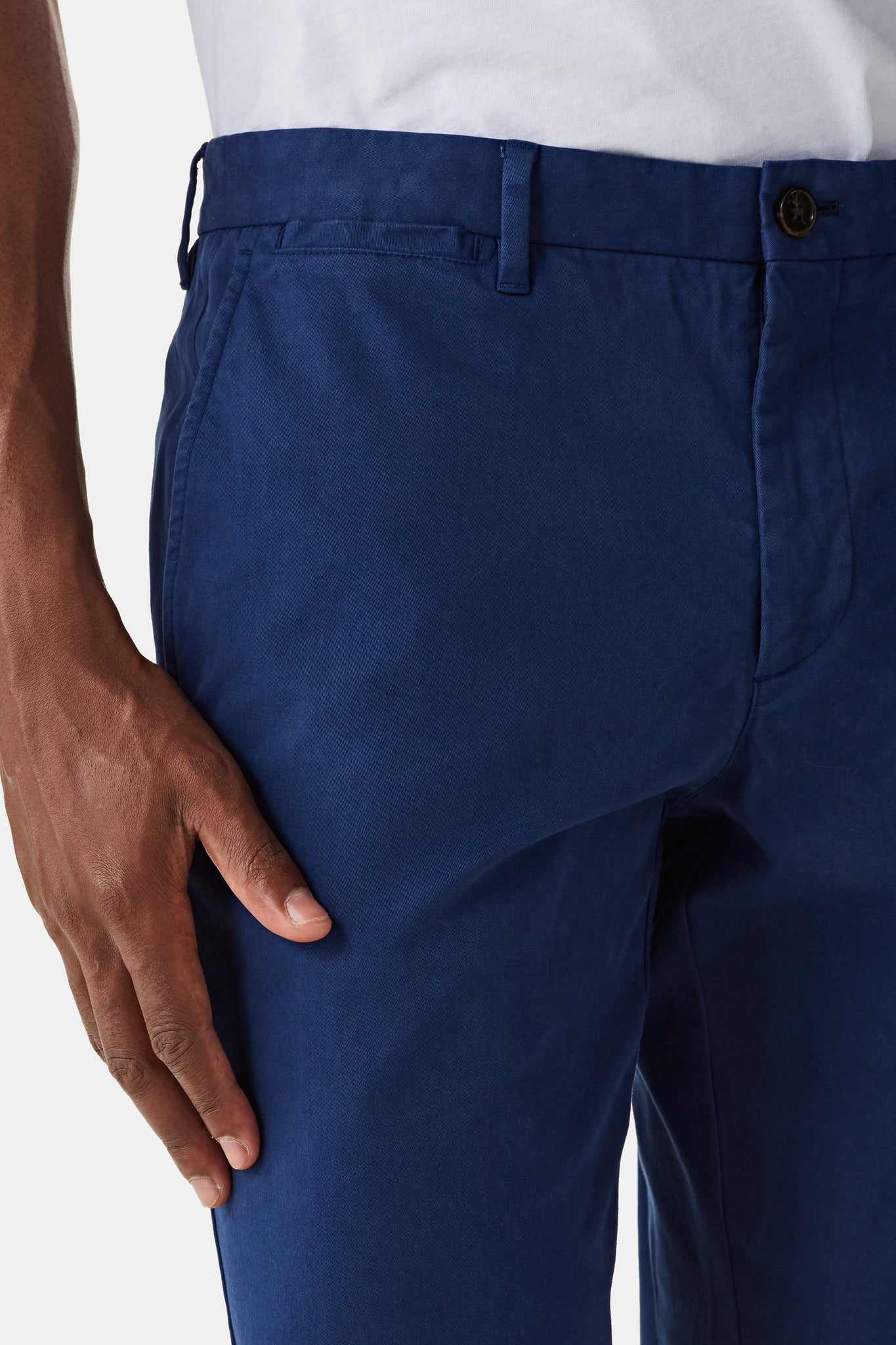 Regular fit chino van katoen met stretch