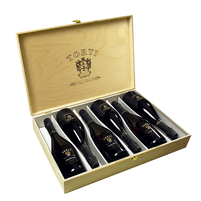 Wooden TORTI Branded Gift Box & 6 Bottles Casaleggio Torti Brut Spumante - Sparkling Wine - Martinotti Method