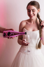 Load image into Gallery viewer, Hello Kitty Wine - Special Edition Collection