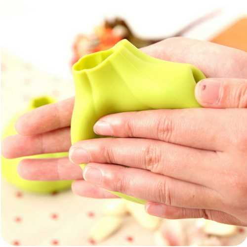 Garlic Peeler Silicone Garlic Shaped