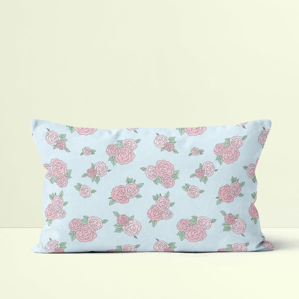Throw Pillow / La Vie En Rose