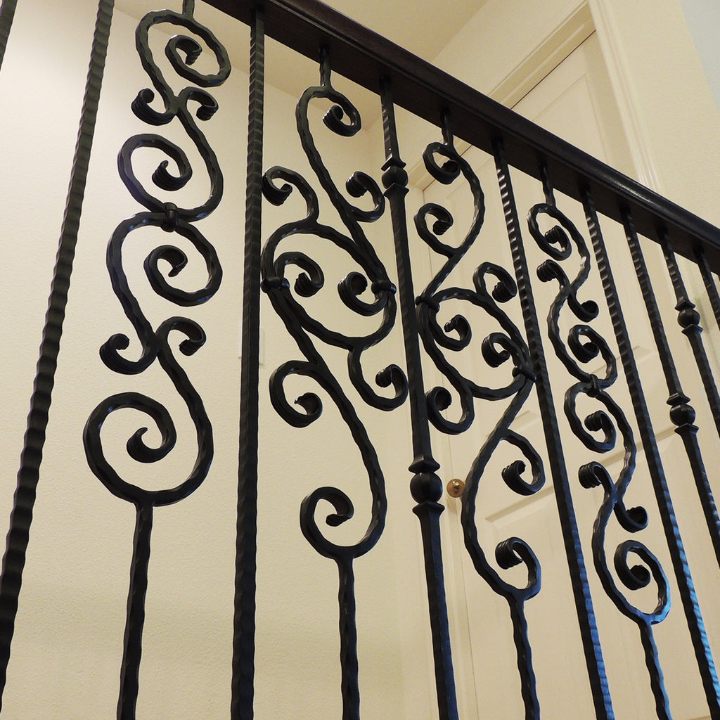 Cheap Double Forged Ball Hammered Iron Baluster