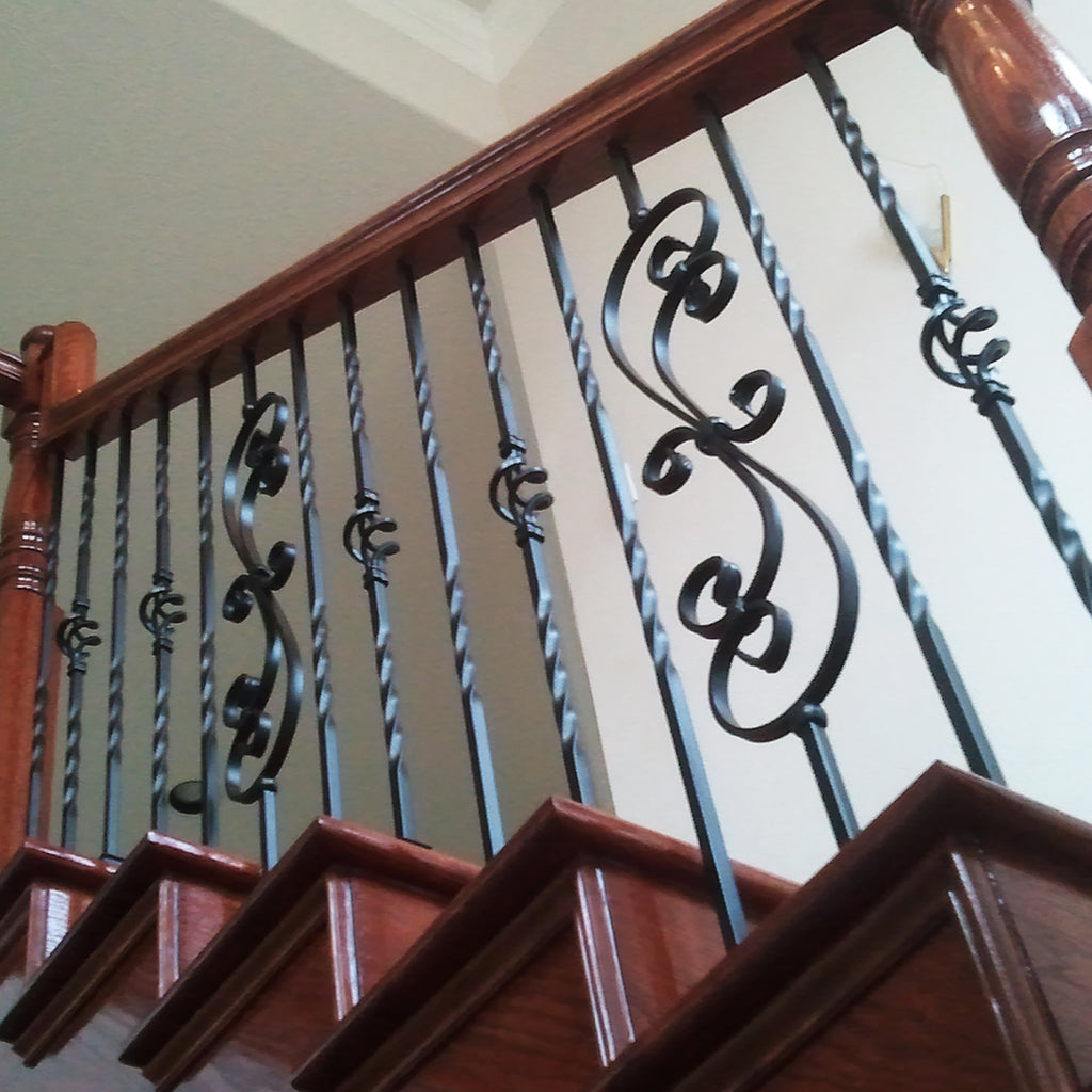 16.1.25 Scroll Iron Baluster