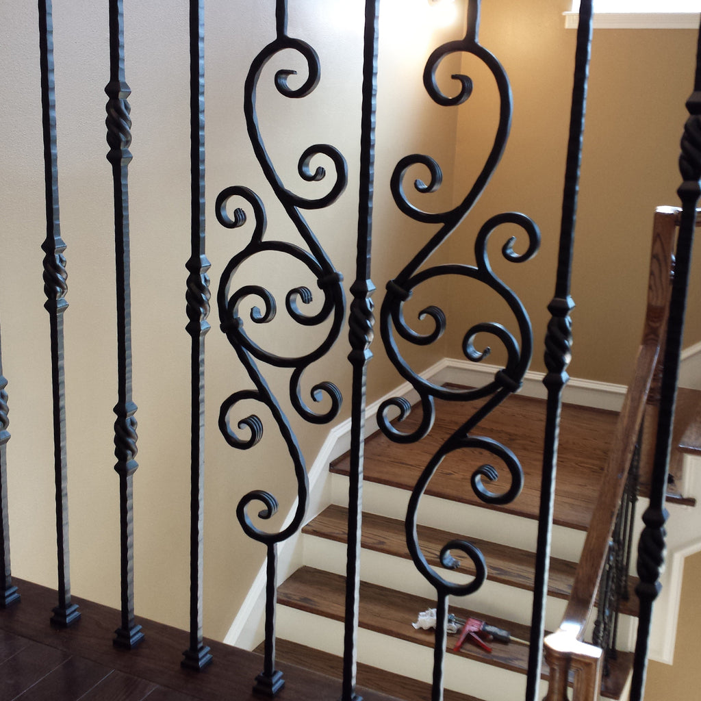 Hammered Scroll Iron Baluster
