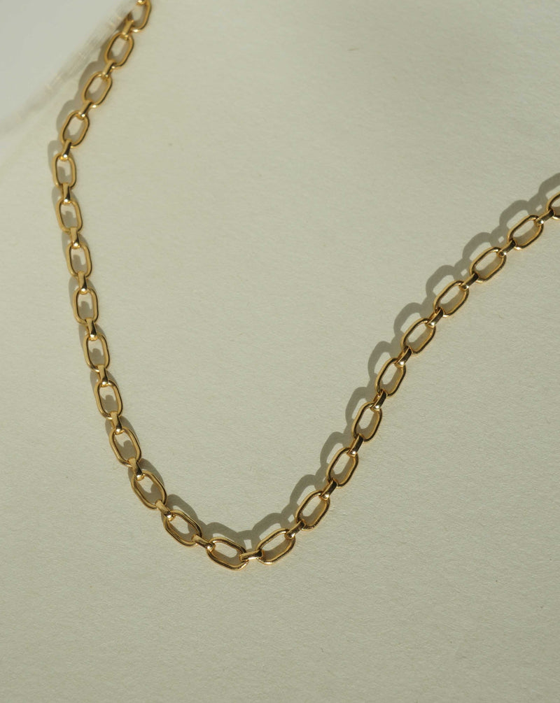 Calle Chain Necklace