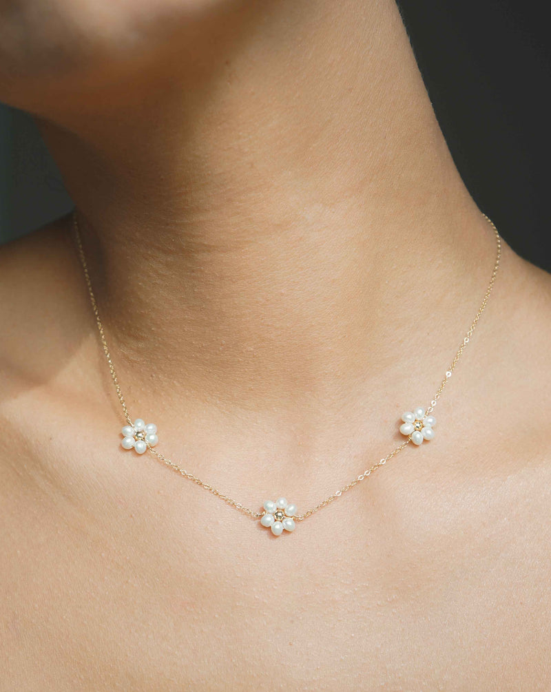 Fiores Choker Necklace