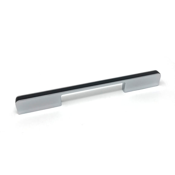 160mm Black/Polished Chrome D Handle